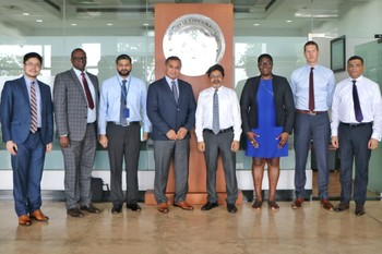 Commonwealth Assessment Team Arrives in Maldives, Calls on F ... Image 1