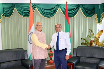Ambassador of India to the Maldives pays a farewell call on  ... Image 1